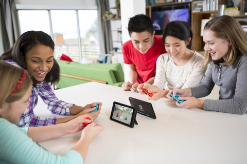 Nintendo best-selling game system of april