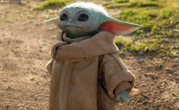 Baby Yoda Love Crashes Sideshow Collectibles Site