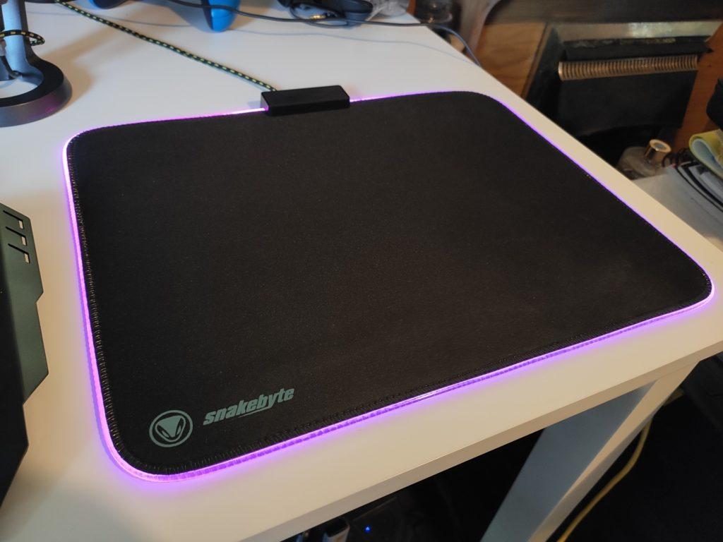 mouse pad ultra rgb