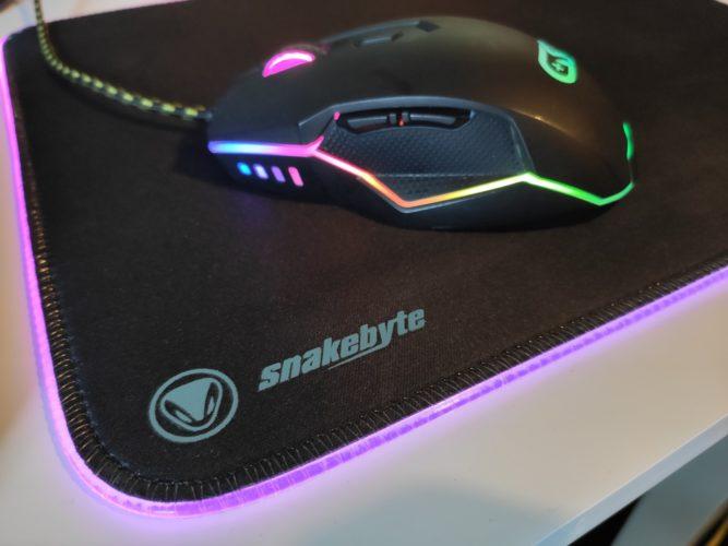 snakebyte Mouse:Pad ultra rgb