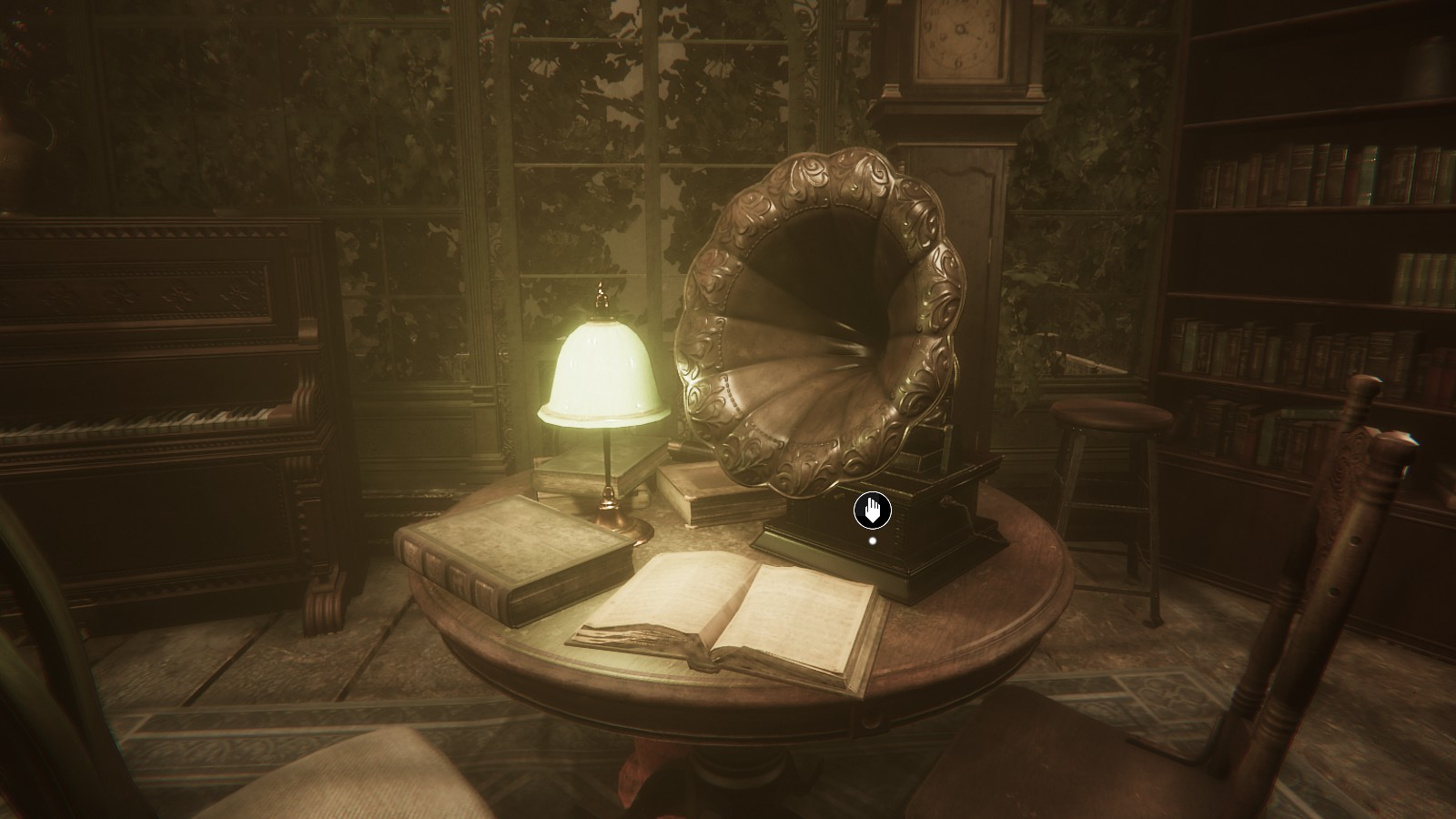 Phonographs allow you to save your game as well as provide clues to the mysterious ongoings at Sker Hotel.