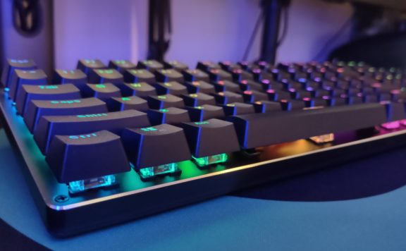 AOC GK500 Gaming Keyboard Review - picture of keyboard
